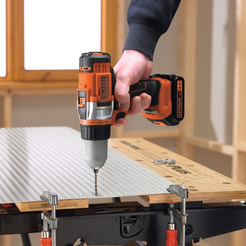 BLACK+DECKER - Perceuse  Haute Performance 2 vitesses  144V  LITHIUM - EGBHP146K
